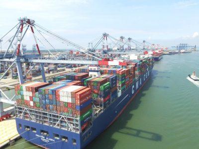 Thiếu container có thể còn kéo dài đến giữa năm nay