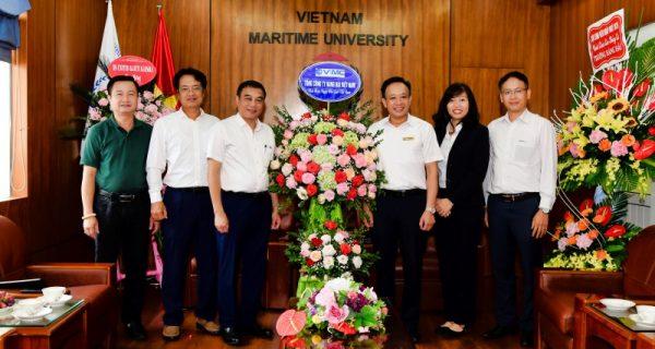 VIMC chúc mừng Ngày Nhà giáo Việt Nam tại Trường Đại học Hàng hải