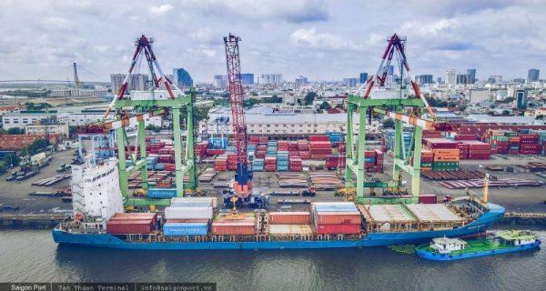 Giảm nhiều loại phí dịch vụ hàng hải đối với tàu thuyền vận tải biển